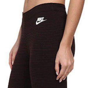 Nike sz S Leg-A-See Stripe Leggings